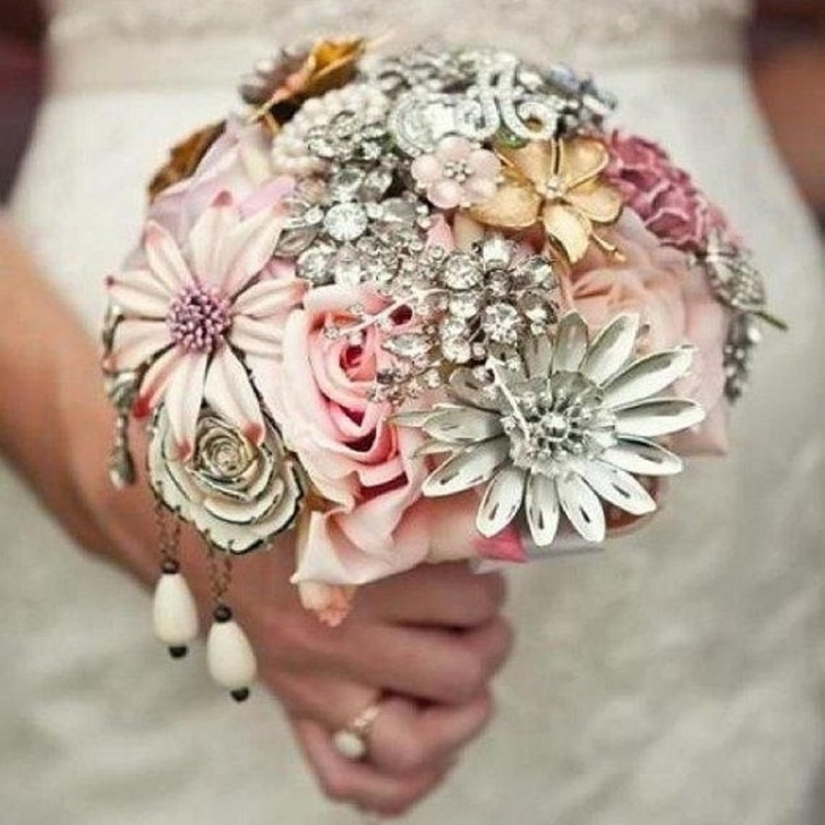 Vintage jewelry brooch bouquet by The Ritzy Rose
