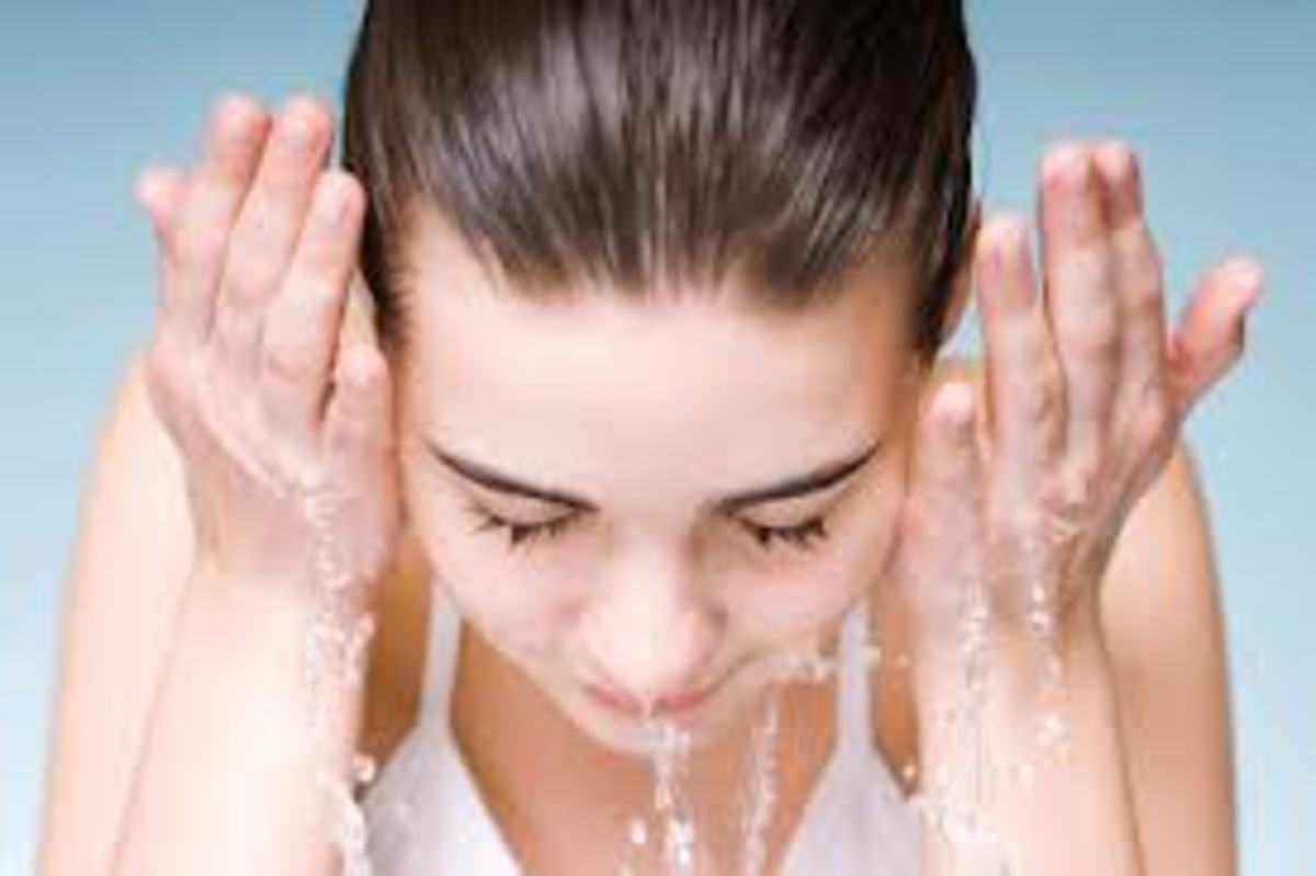 Wash your face frequently with water to get rid of dirt causing acne