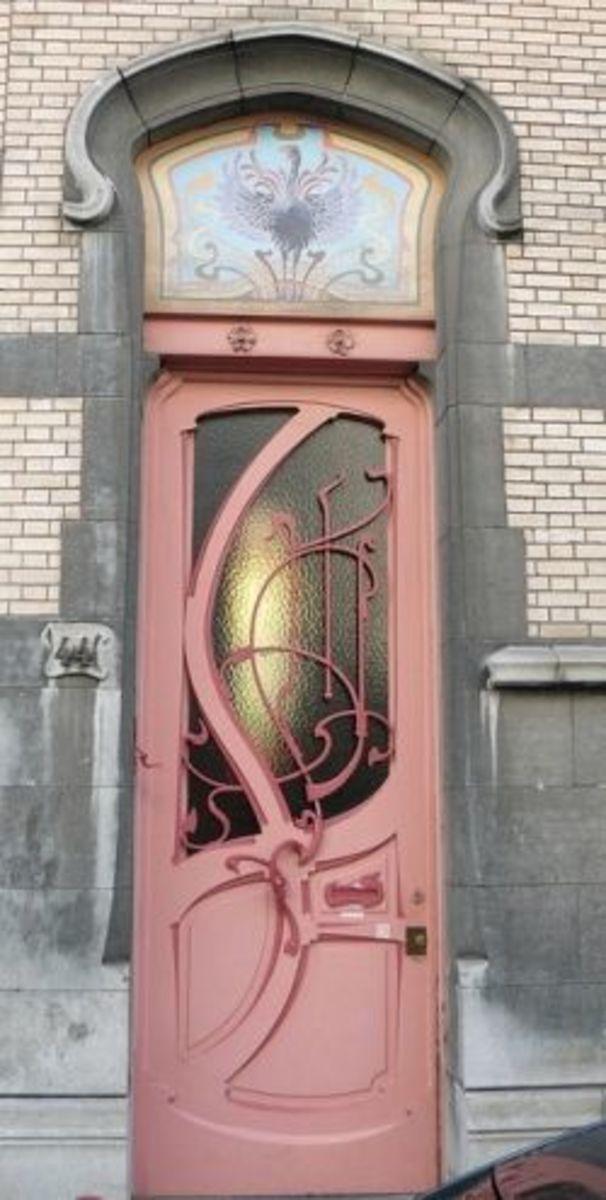 Front door with wavy ornaments