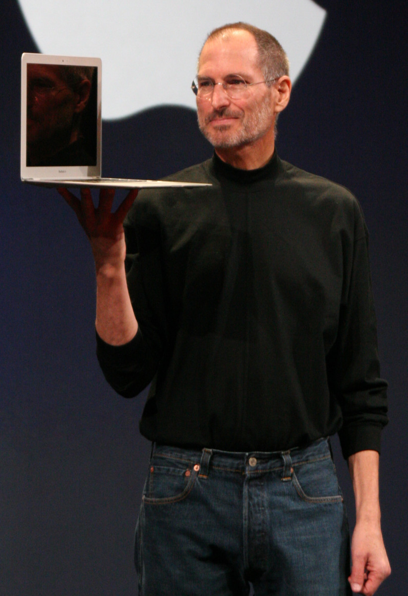 Biography of Apple Founder Steve Jobs