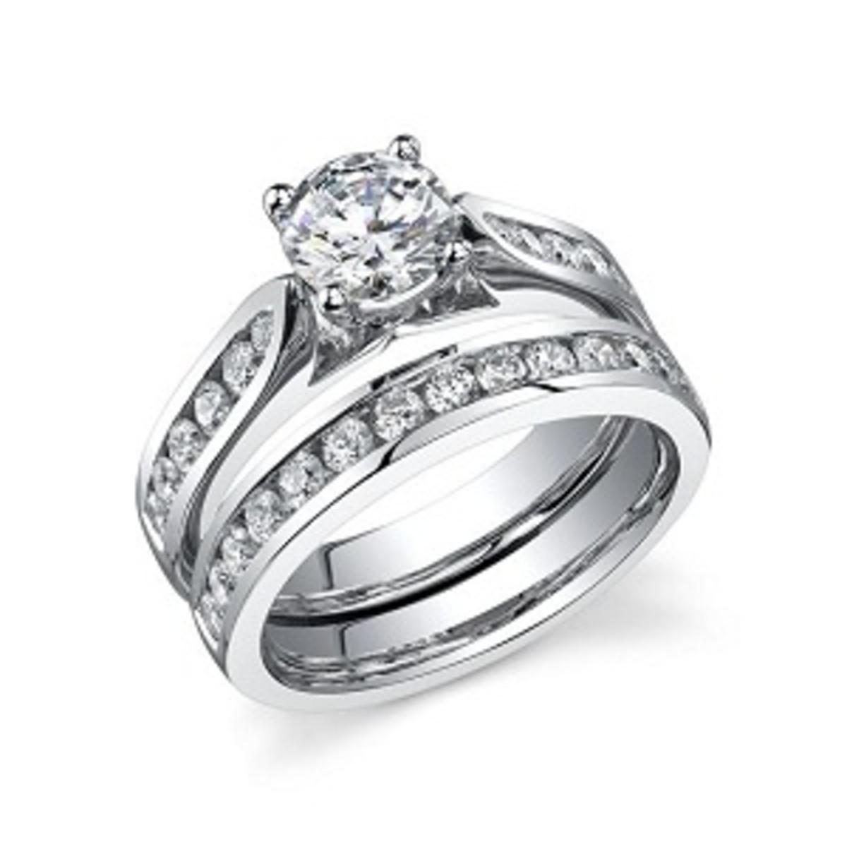 Round Cut Diamond Ring set