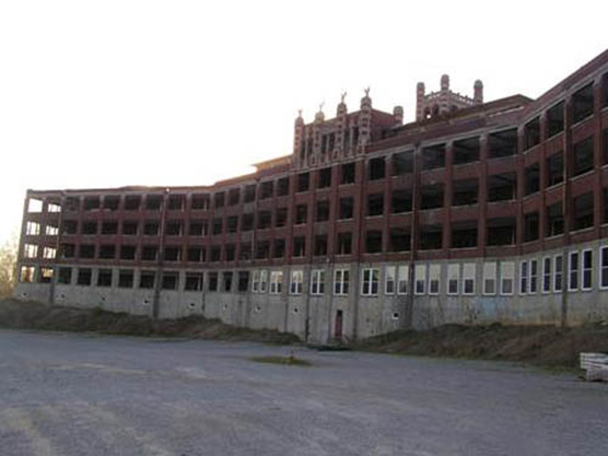 The Waverly Hills Sanatorium: One of the Most Haunted Places in America
