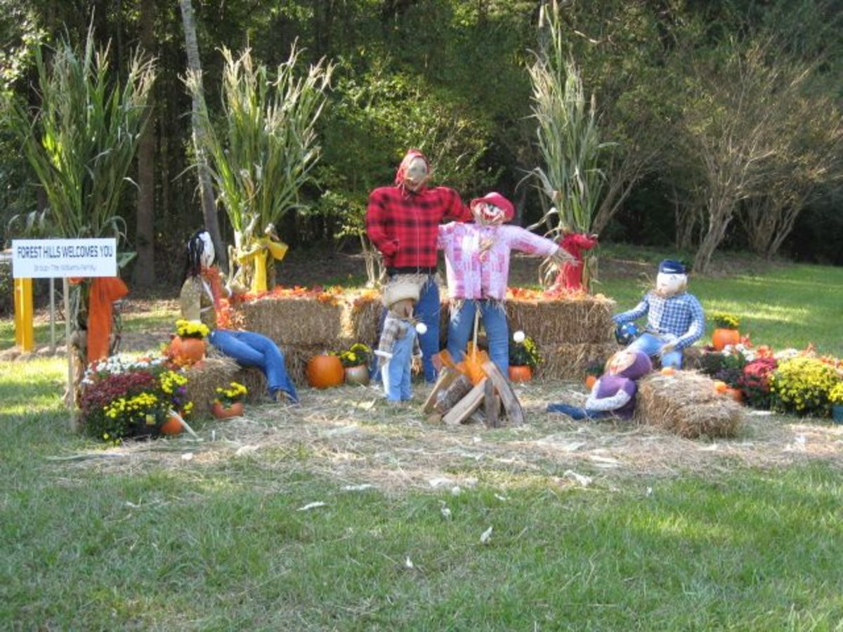 williams family forest hills pendleton scarecrows