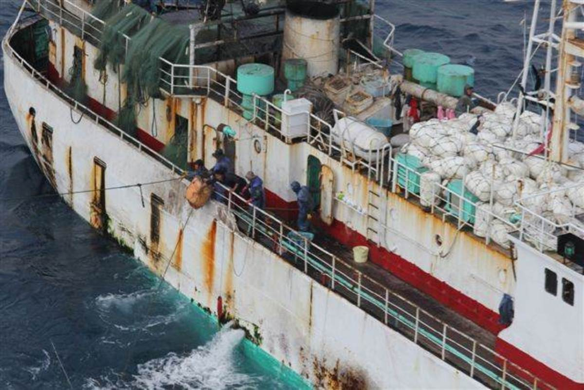 the-lyubow-orlova-a-modern-day-ghost-ship