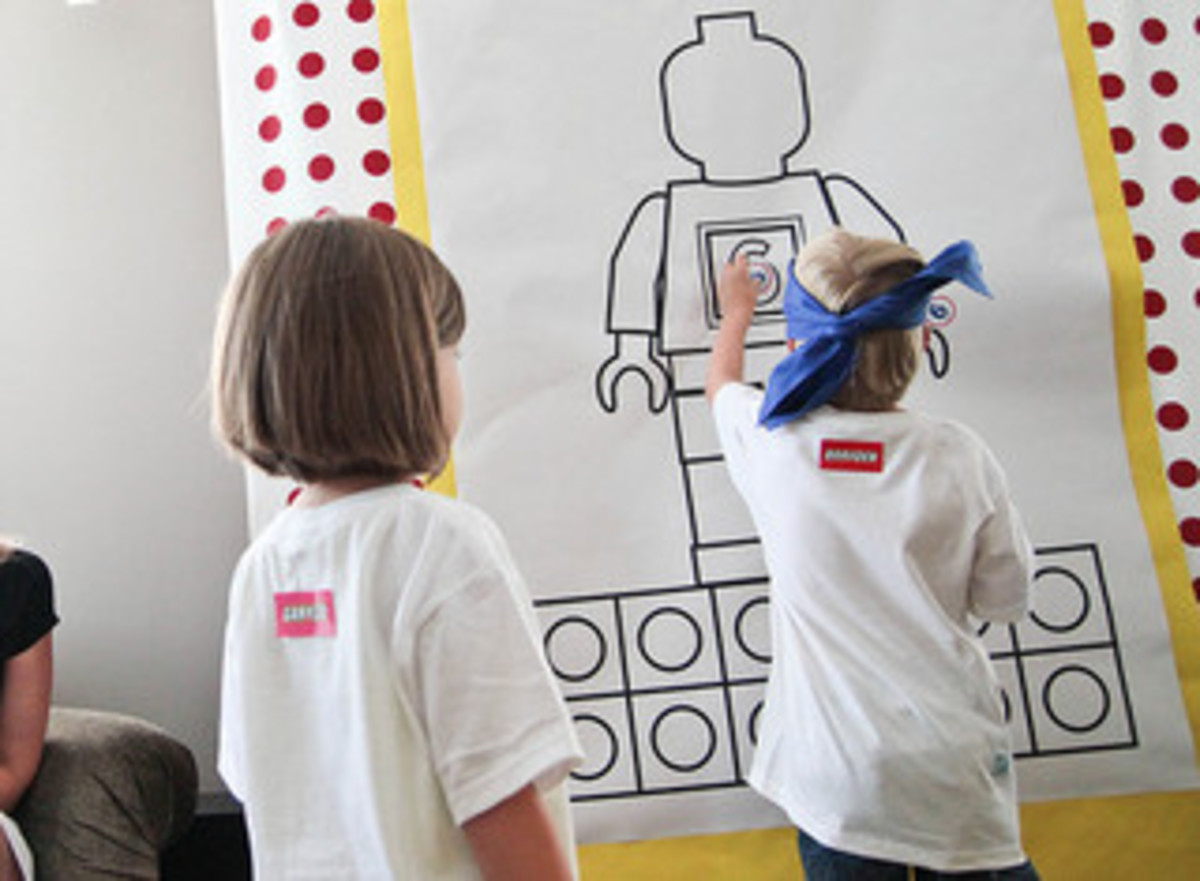Pin the age on the Lego minifigure game