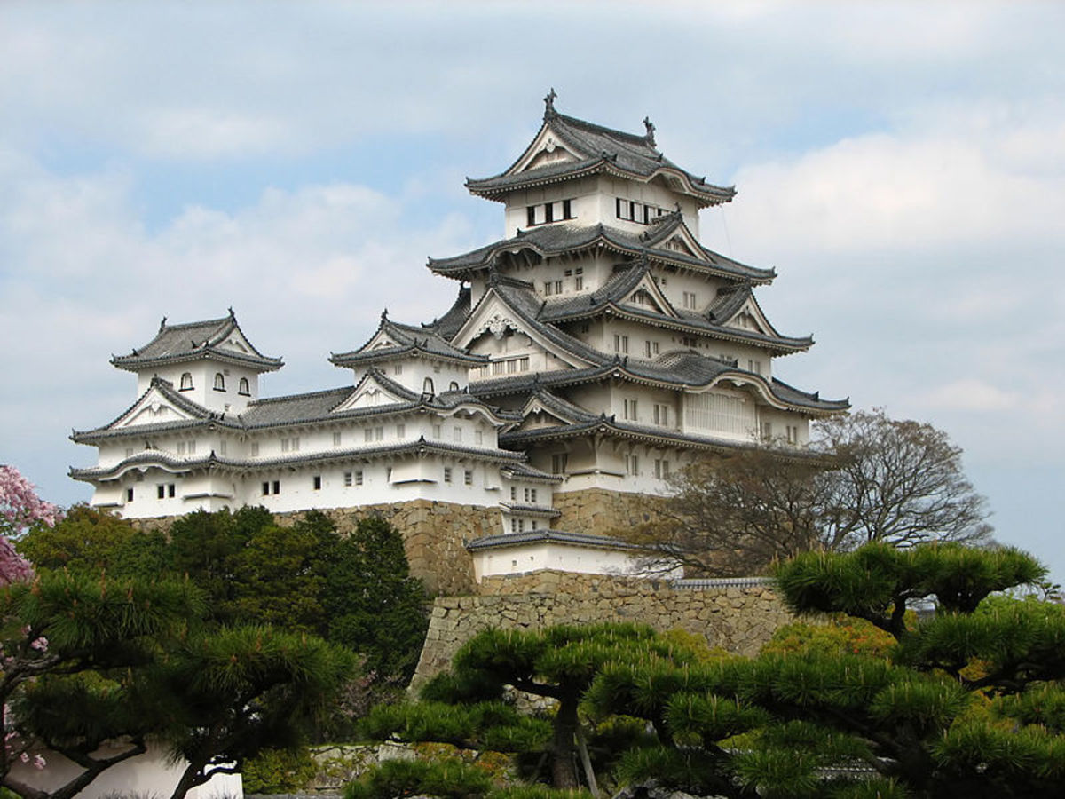 Top 10 Haunted Locations in Japan