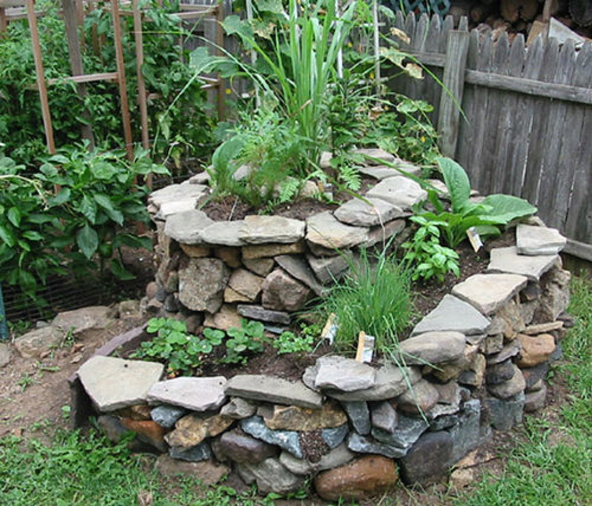 What a beautiful spiral garden made of stone!