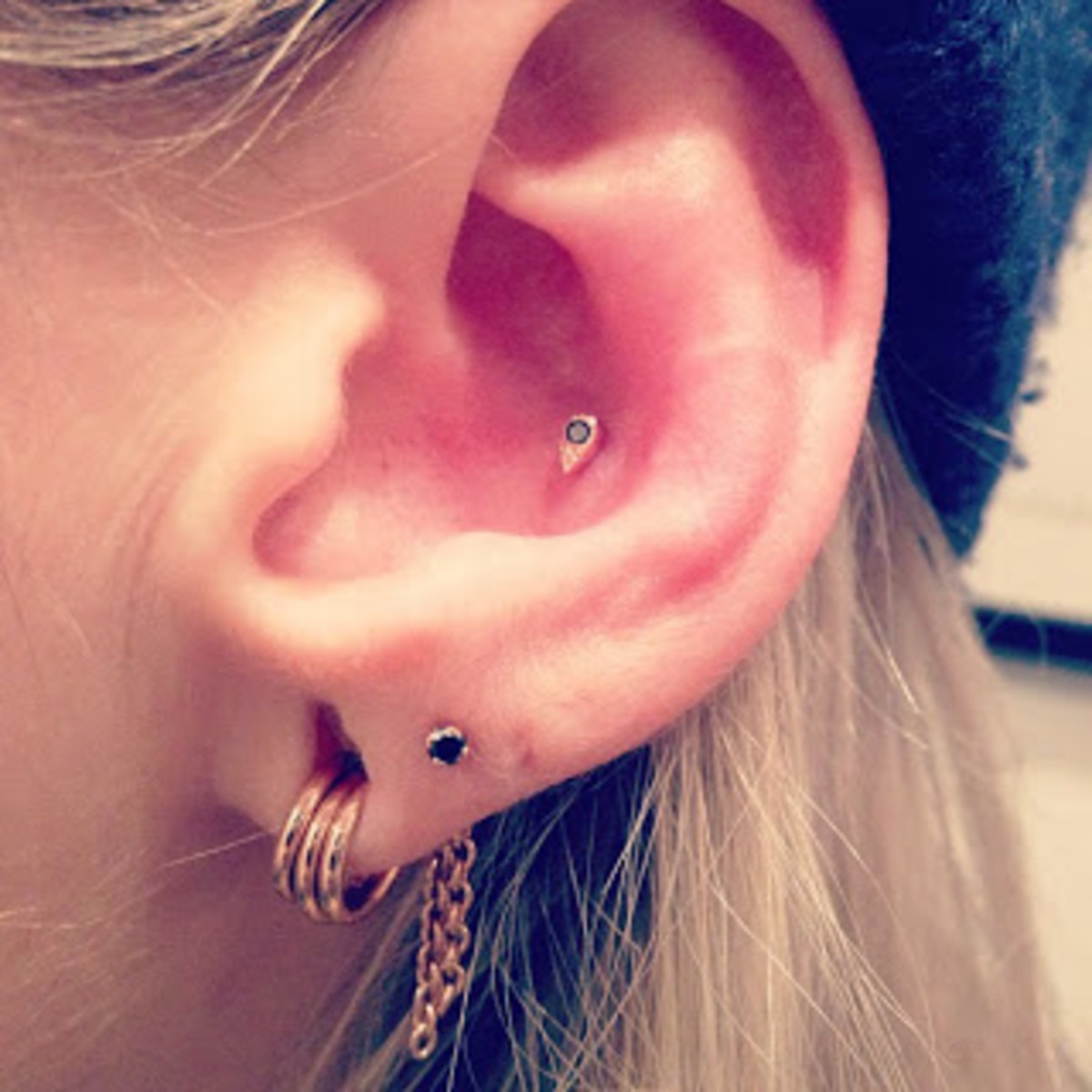 Standard lobe piercings and conch