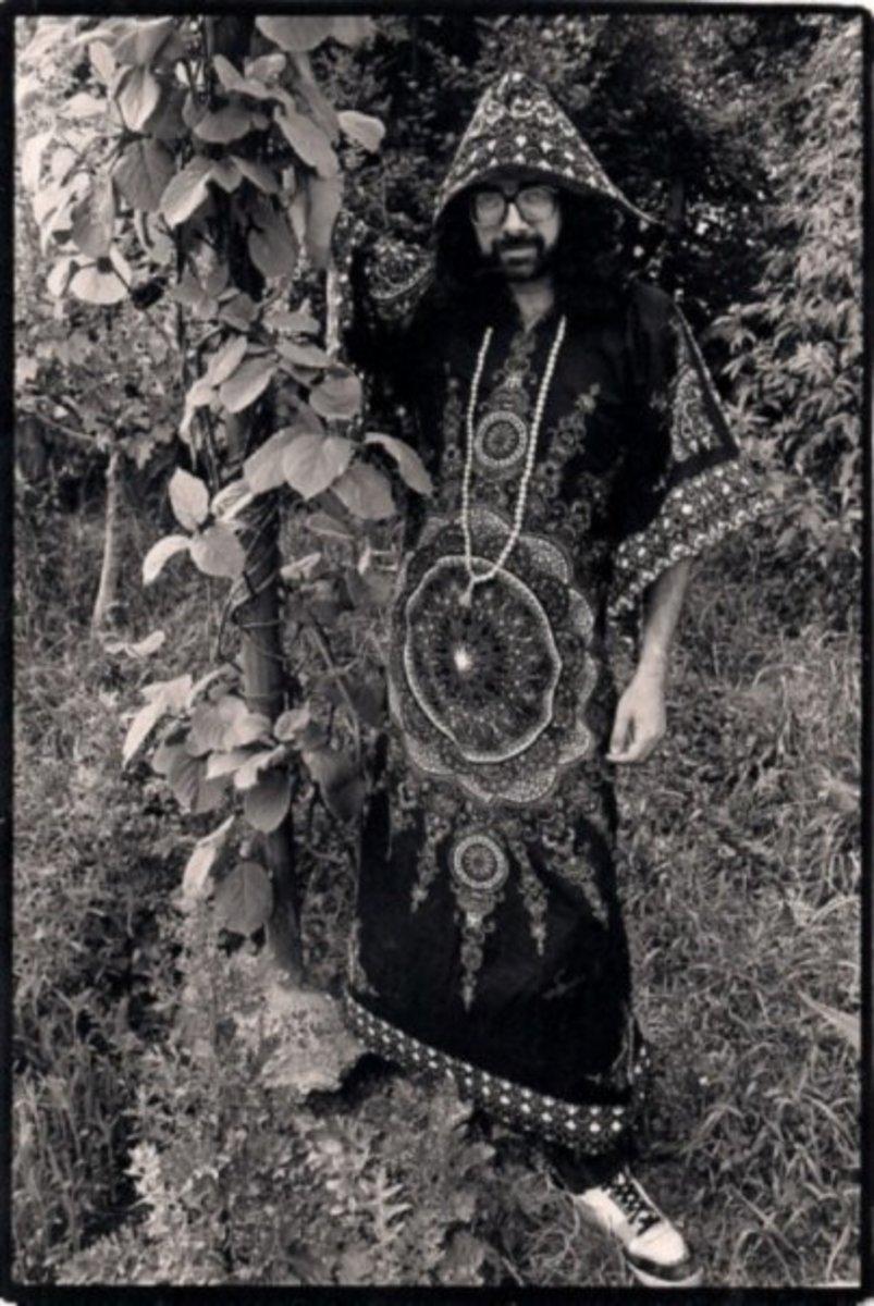 Bard of Ely in a kaftan