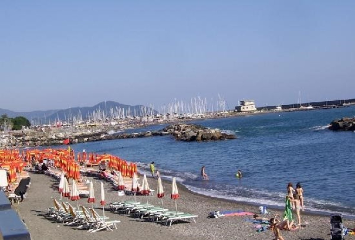 a-rough-guide-to-liguria-in-italy-things-to-do-in-chiavari