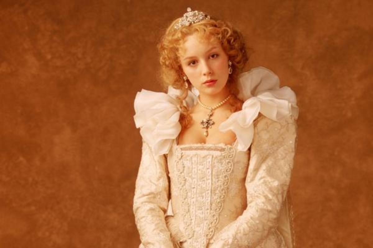 Jenna Harrison as Clara, Confessions of a Ugly Step-sister