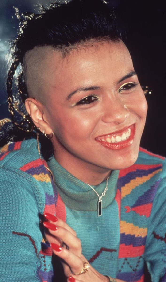 Mohican Punk Haircut for girls