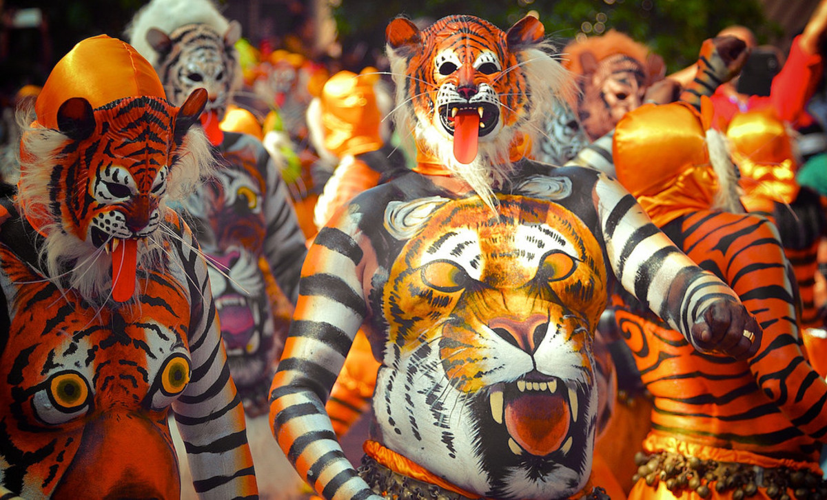 Pulikali Tiger dance on the streets of Thrissur