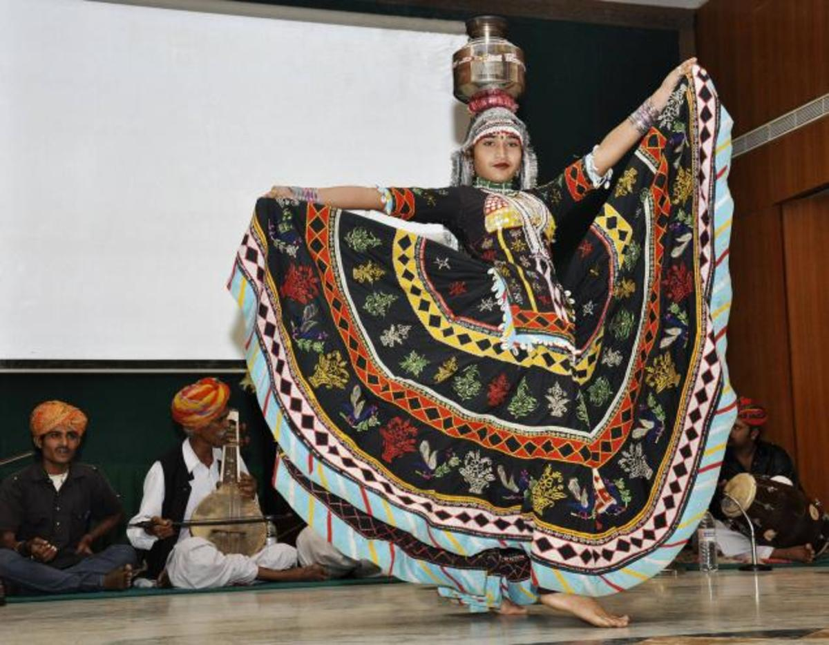 Woman performing the traditional kalbeliya dance