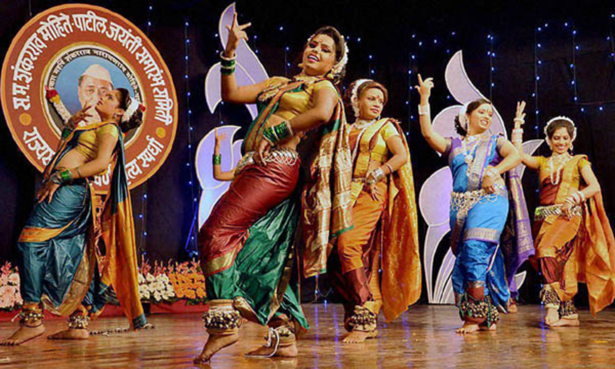 A scintillating lavani performance