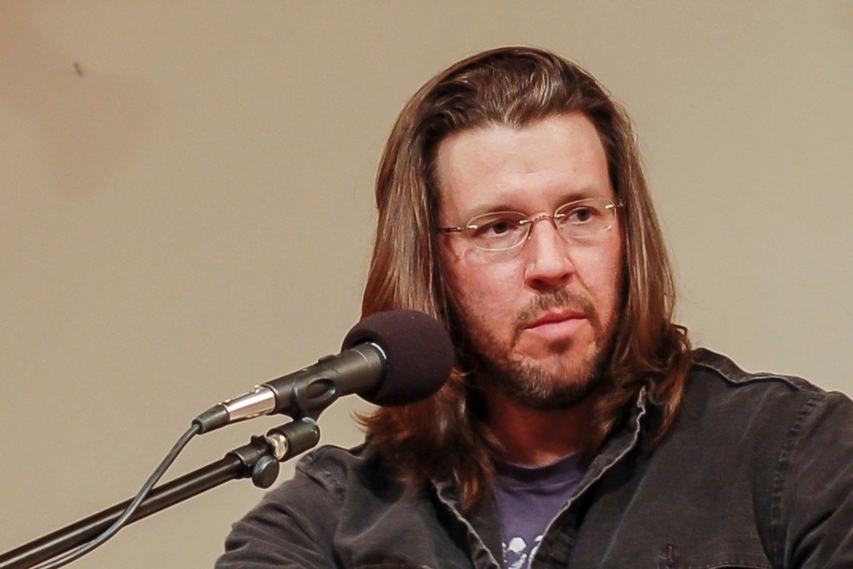 "Cultural Themes in David Foster Wallace's ""Good People"""