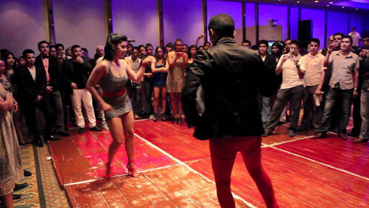 Dancing at Peru Salsa Congress