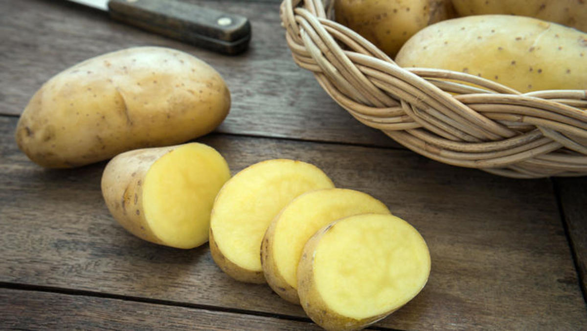 eat-raw-potatoes-for-many-health-benefits
