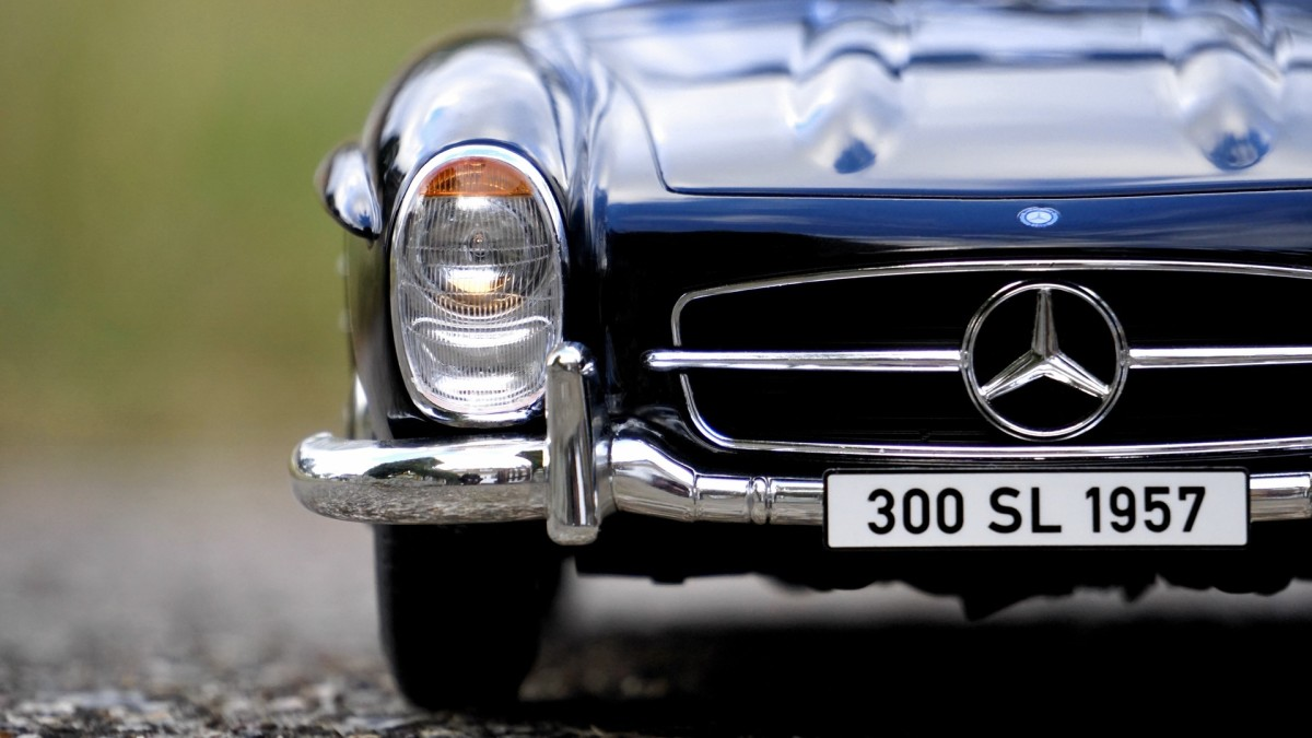 This image is relevant for as well as being of a Mercedes Benz 300 SL, it is also a 1957 model. So am I.