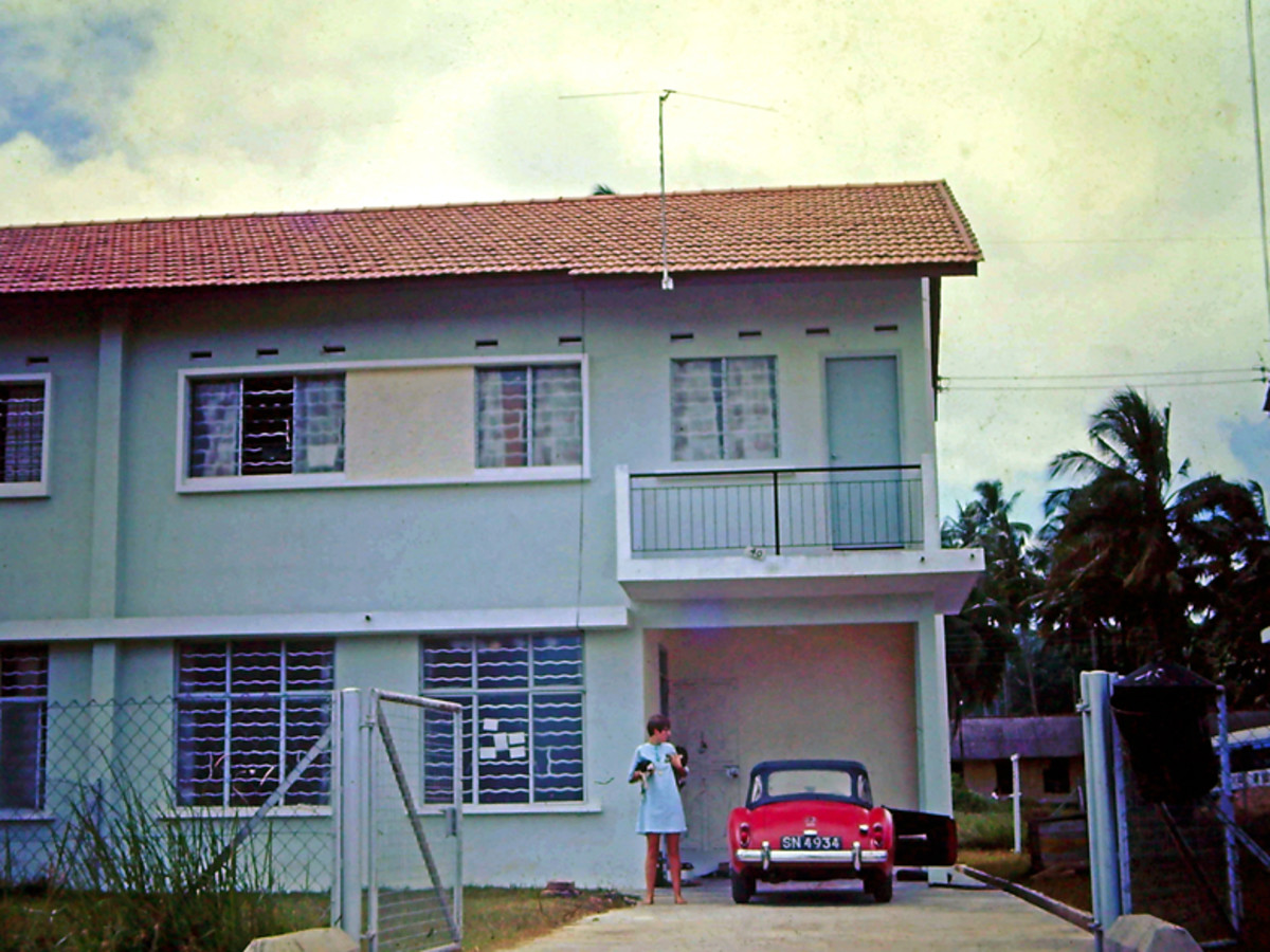 Our new home on the Dragon Garden Estate just off the Jalan Pasir Plengi in Jahor Bahru