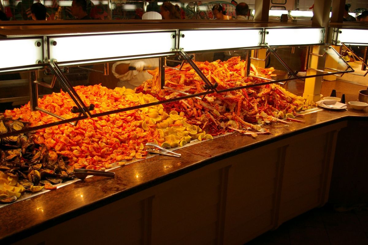 buffets in las vegas casinos prices times specials rh pathsoflife eu the mirage breakfast buffet price Mirage Buffet Hours