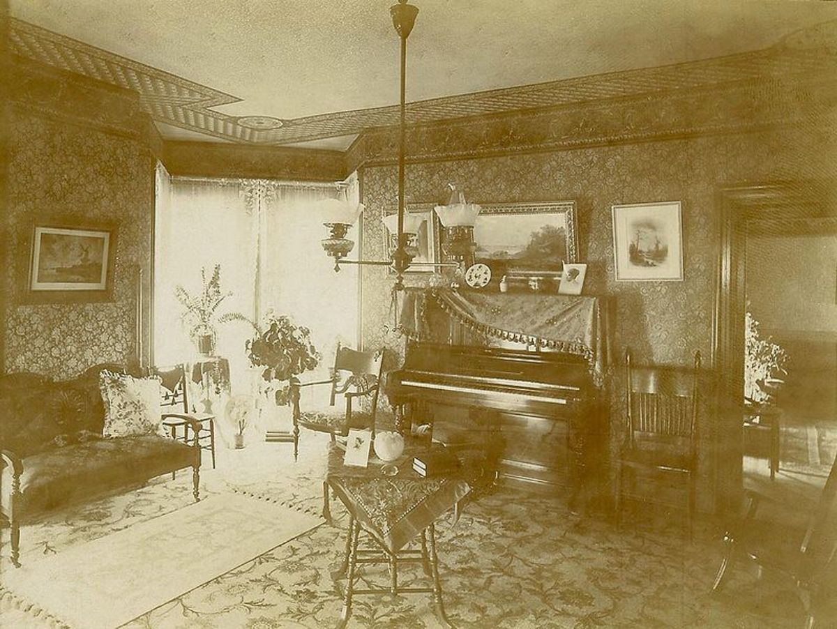 Late Victorian Parlor