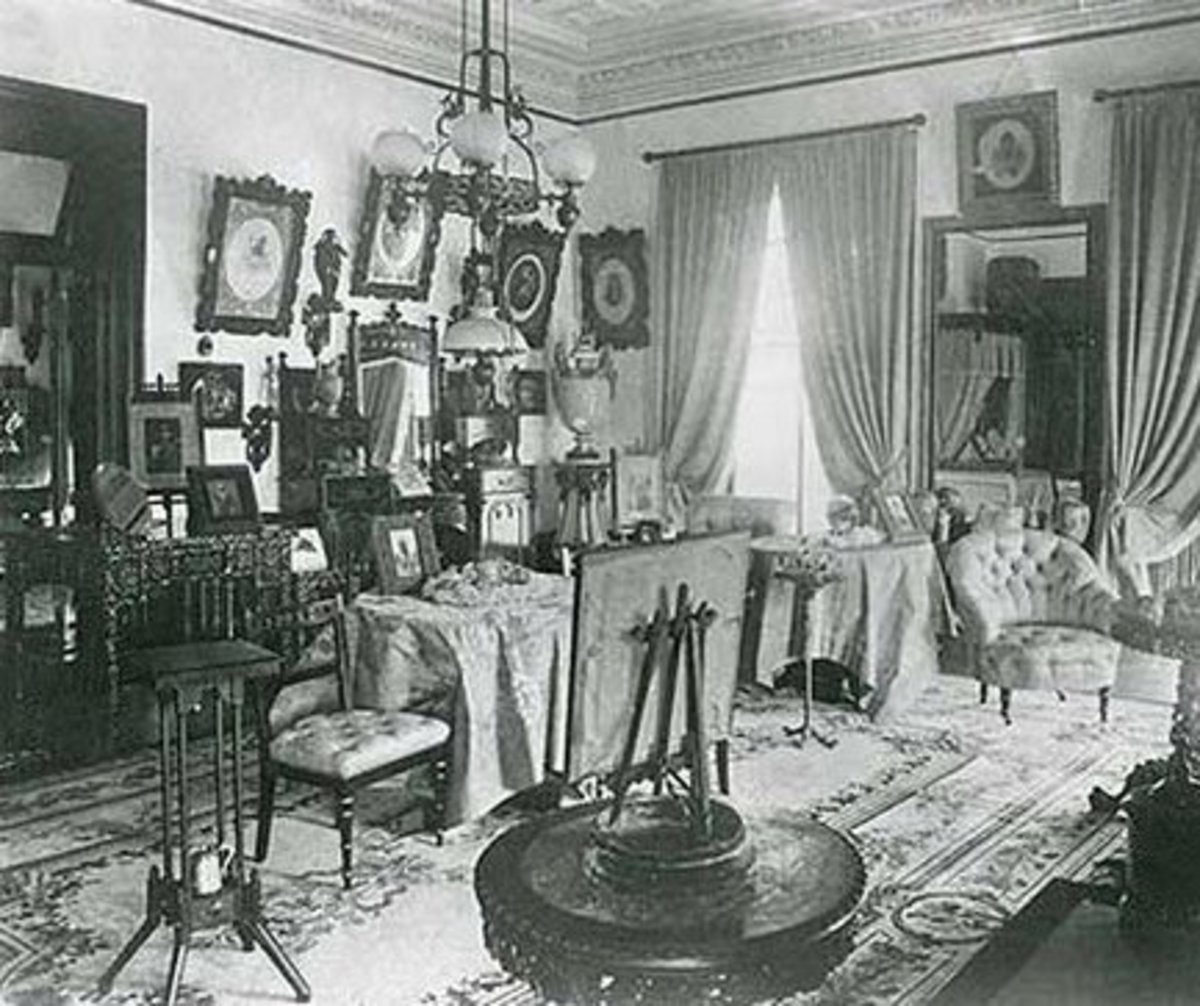 Early  S Parlor Room