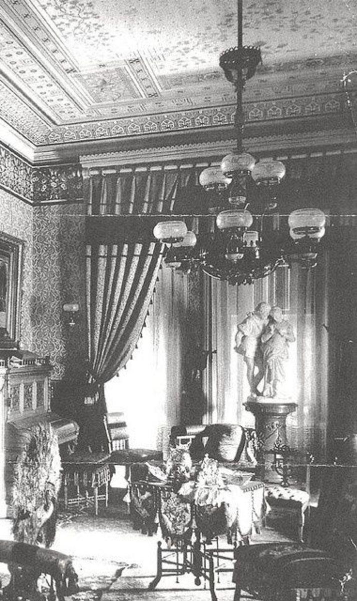 Middle class Victorian Interior Decor