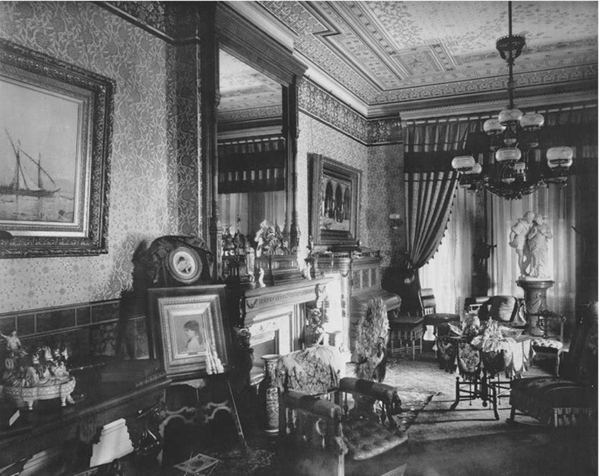 1890 Eastlake Interior