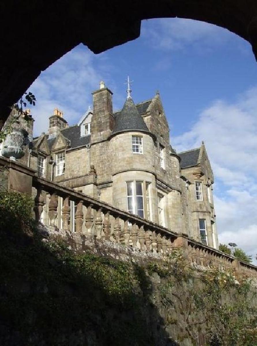 Torrisay Castle MULL