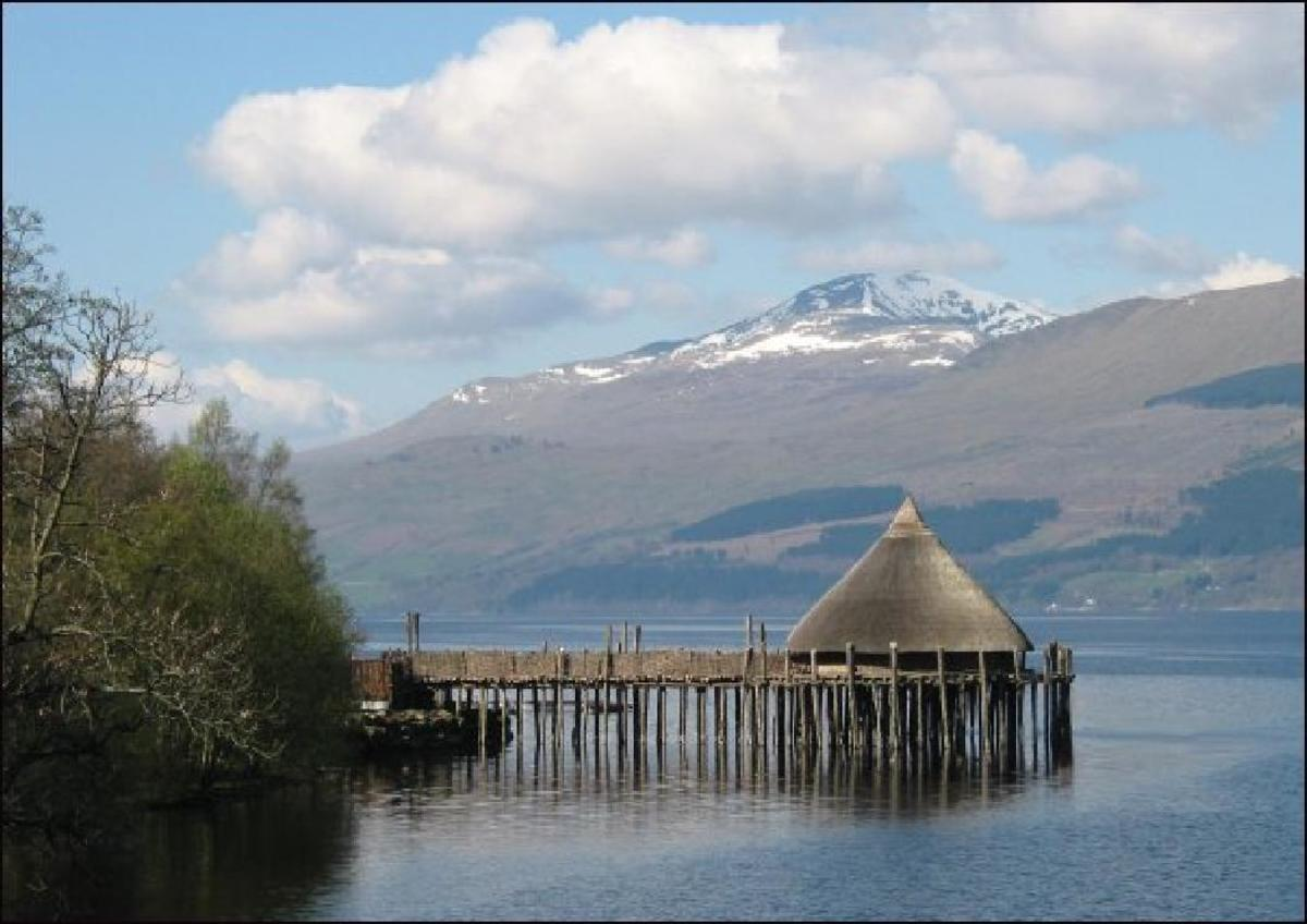 reconstruction of a CRANNOG