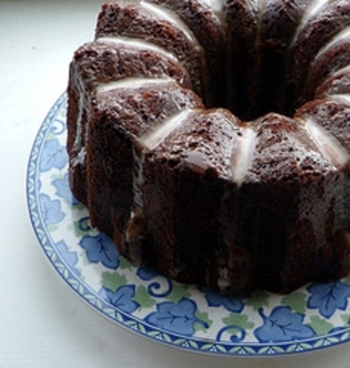 7 Amazing Chocolate Bundt Cakes ... You Can Make Yourself