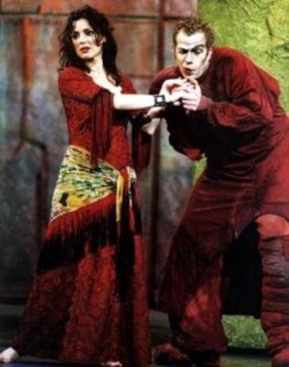 Garou as Quasimodo with Tina Arena as Esmeralda