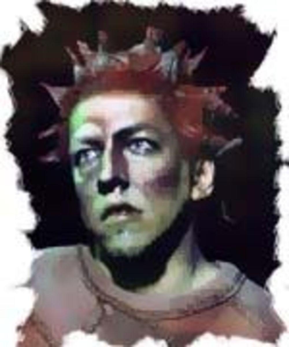 Vyacheslav Petkun  as Quasimodo