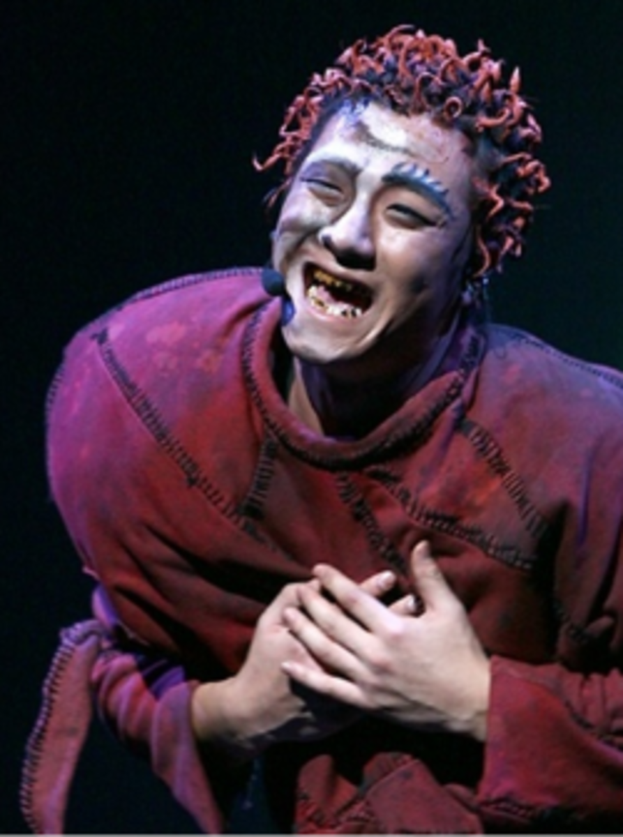 Yun Hyeong Ryeol as Quasimodo