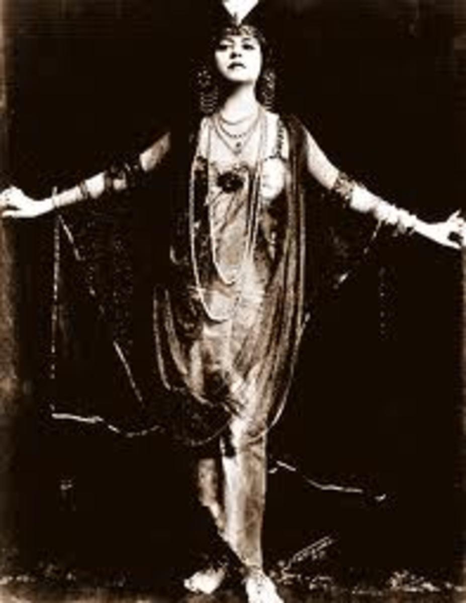Helen Gardner in Cleopatra (1912)