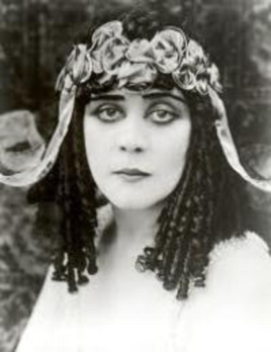 Theda Bera in Cleopatra (1917)