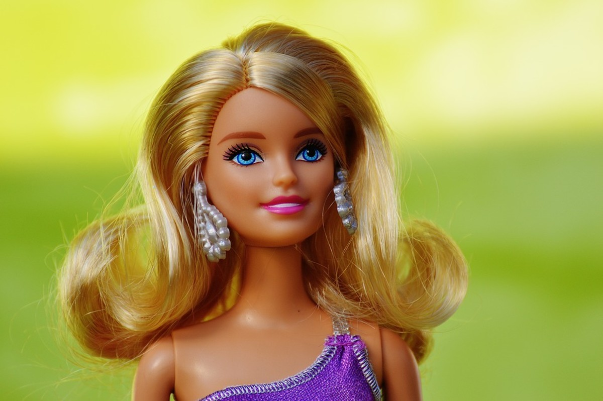 Traditional American beauty and fashion icon, blonde Barbie