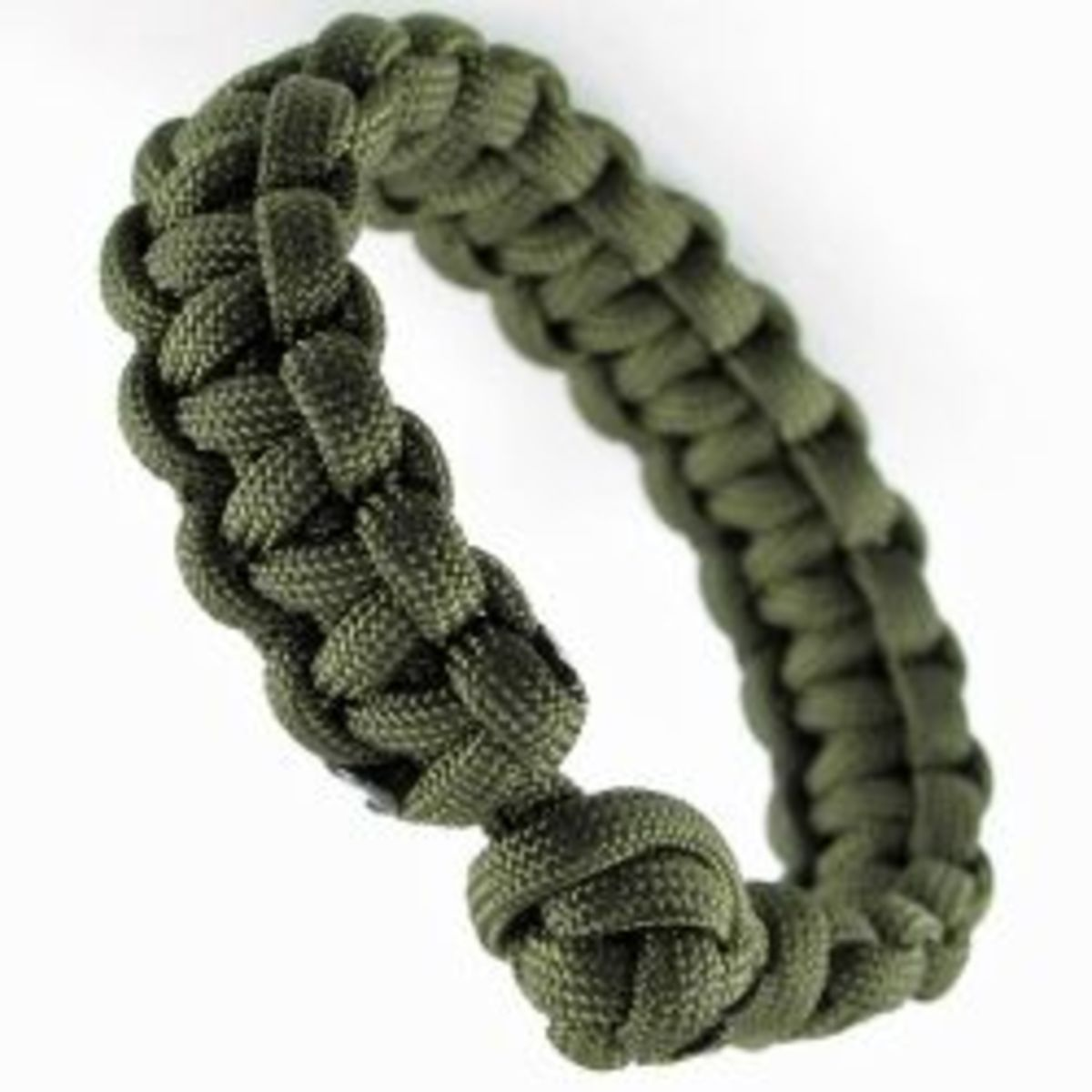 How to make a paracord bracelet in two easy steps hubpages for What can you make out of paracord