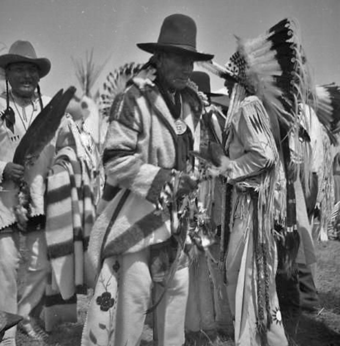 Members of the Siyeh or Sai-yeh (Crazy Dog) Society in 1942, named alter a famous Blackfeet warrior.