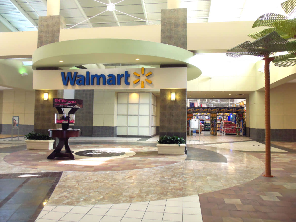 "- For value buyers, ""Deep Discount Department Stores"" such as ""Walmart"" anchor the long list of retail mall offerings - Located at the west wing of the shopping center - Unquestionably, the most ""Stylized & Enticing"" Walmart entrance I've ever seen -"