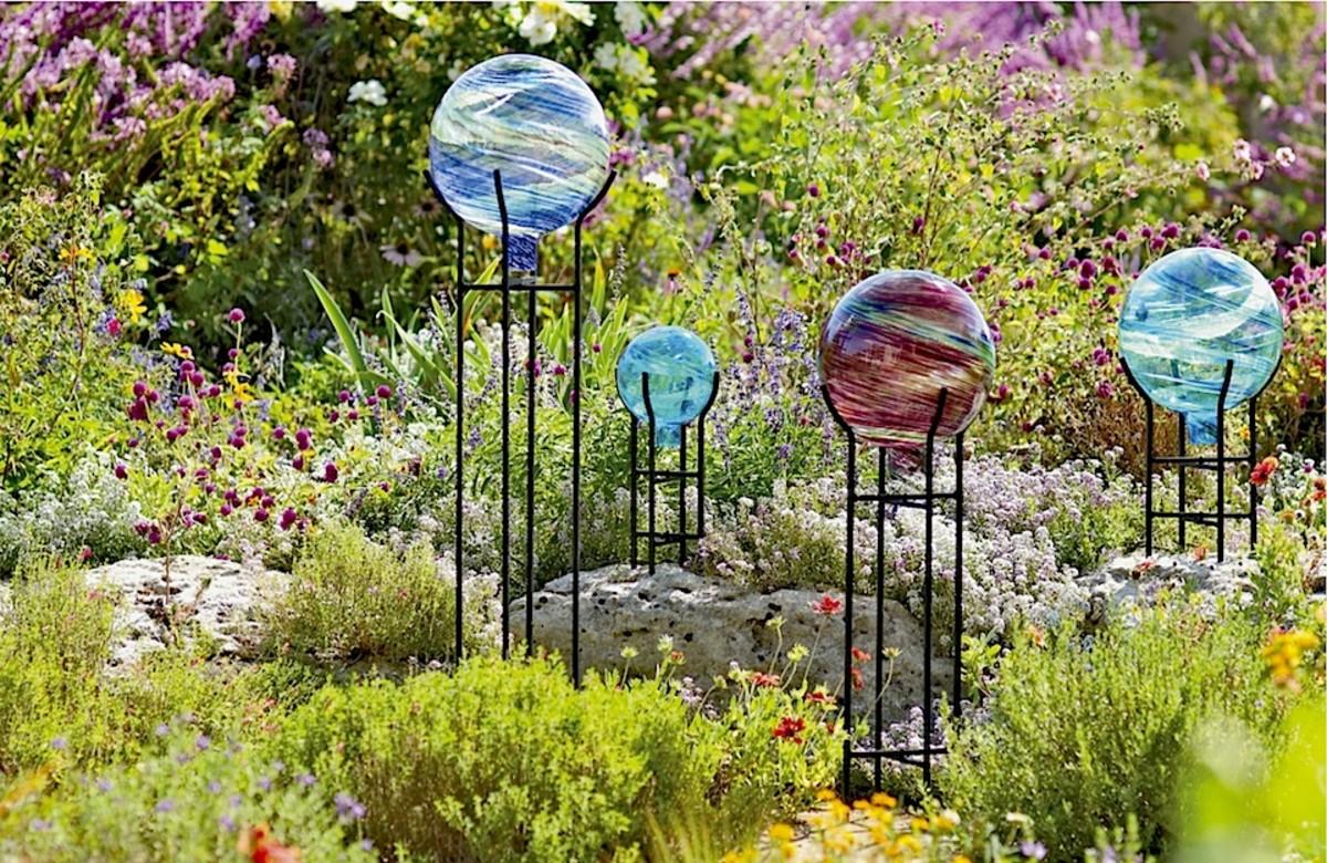 gazing-balls-for-the-garden-2