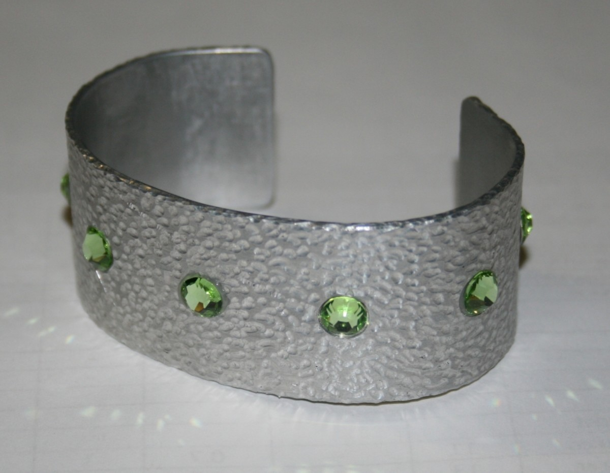 Aluminium cuff bracelet with Swarovski crystals