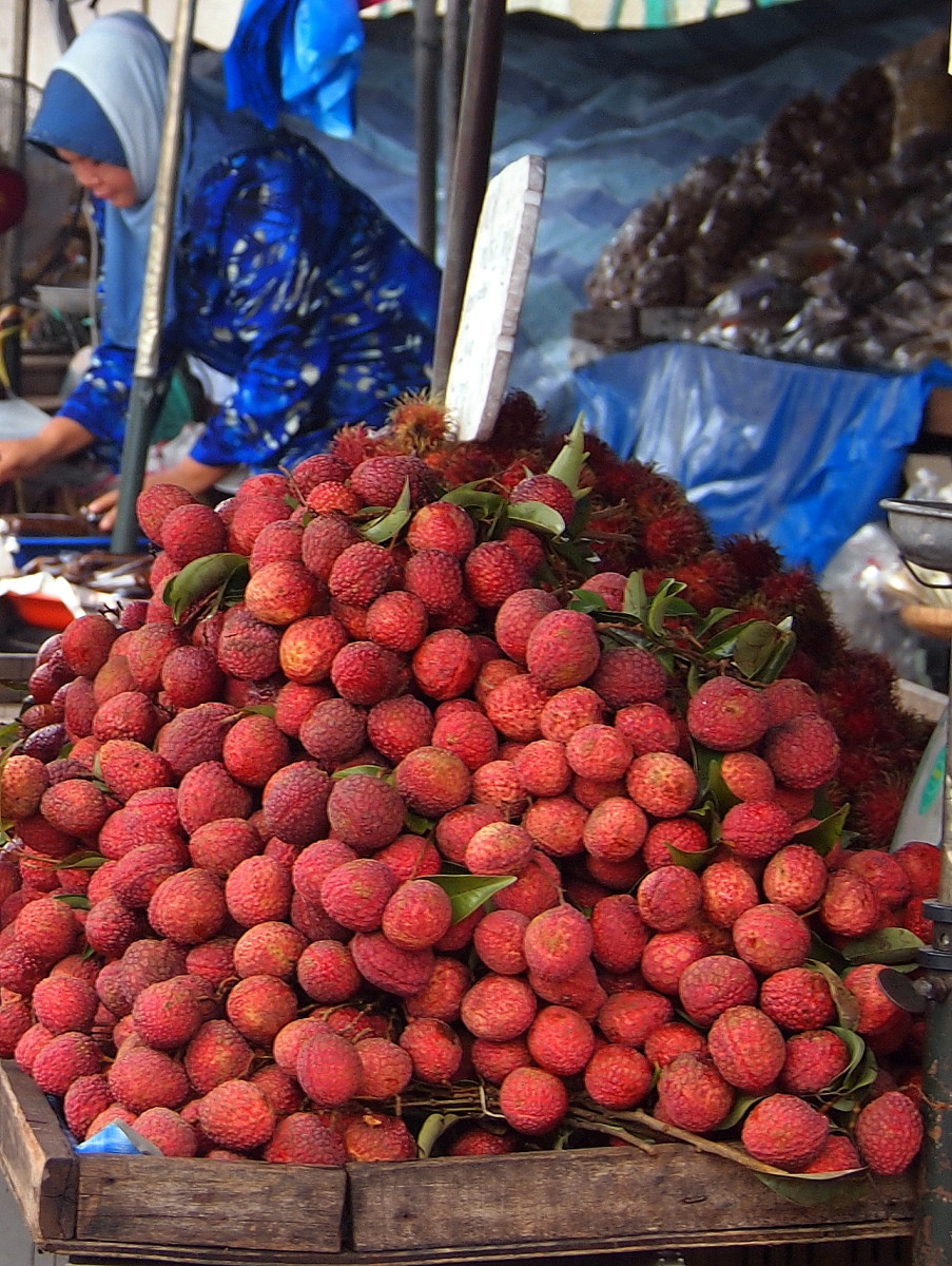 Lychee (Litchi) - Health Benefits And Nutritional Benefits