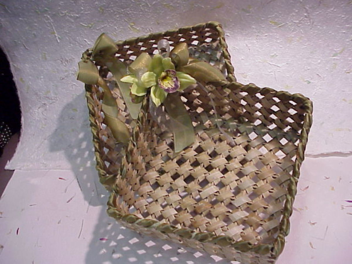Beautifully made baskets from coconut leaves.