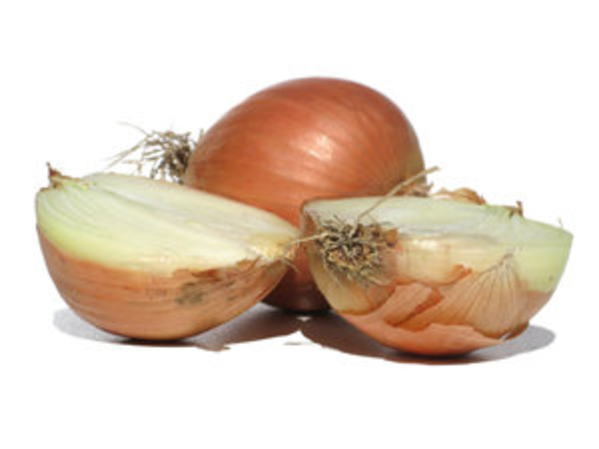 Slice the onions very thinly