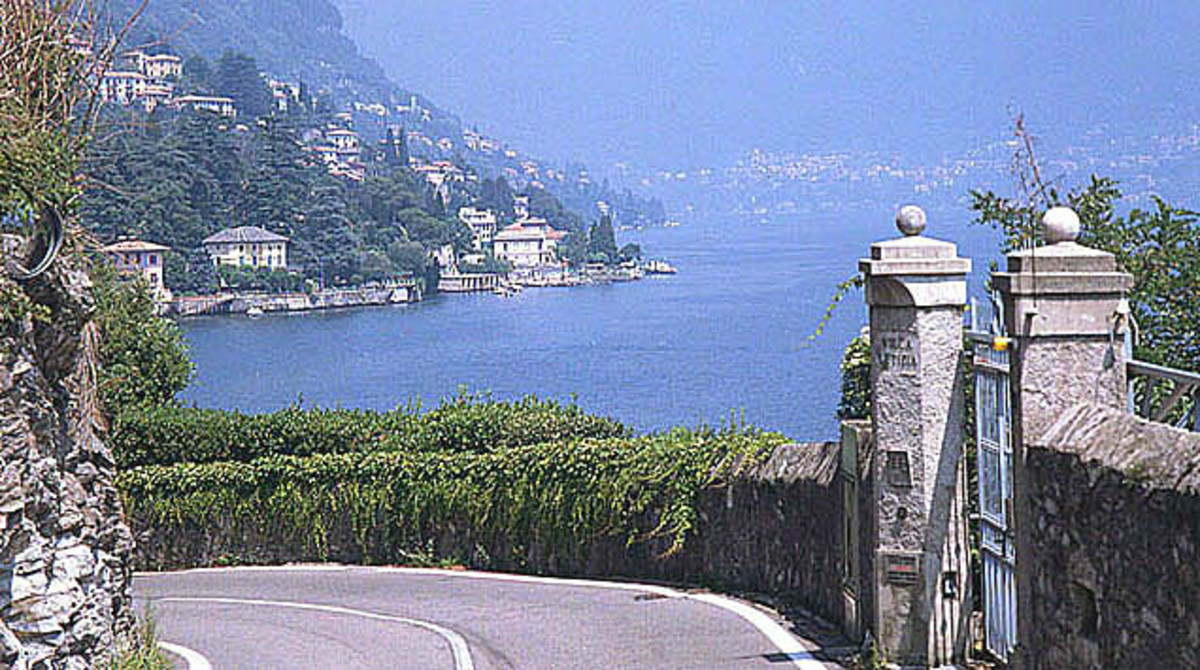 Road to Lake Como