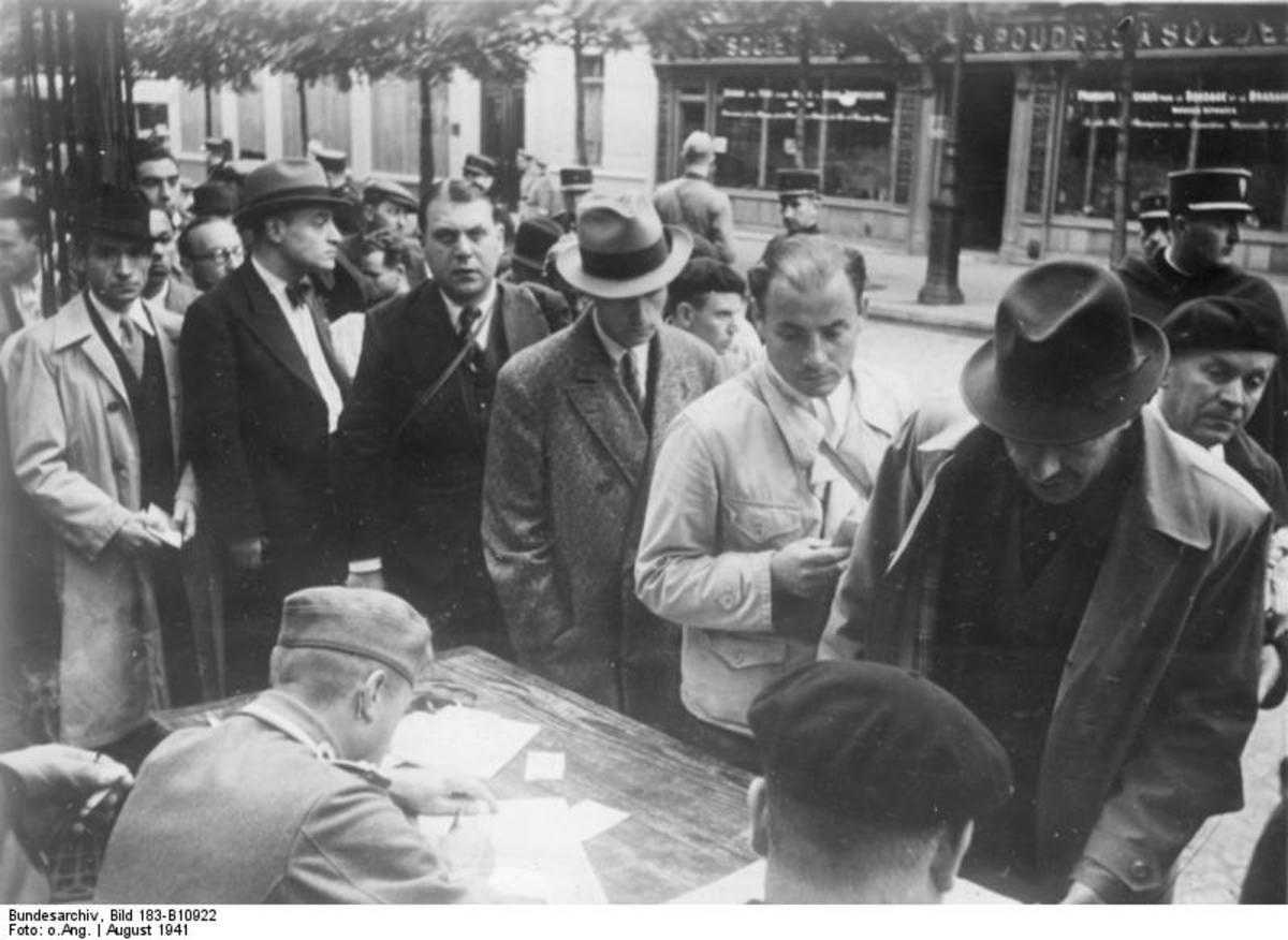 August 1941. Paris. Mandatory registration of Jews