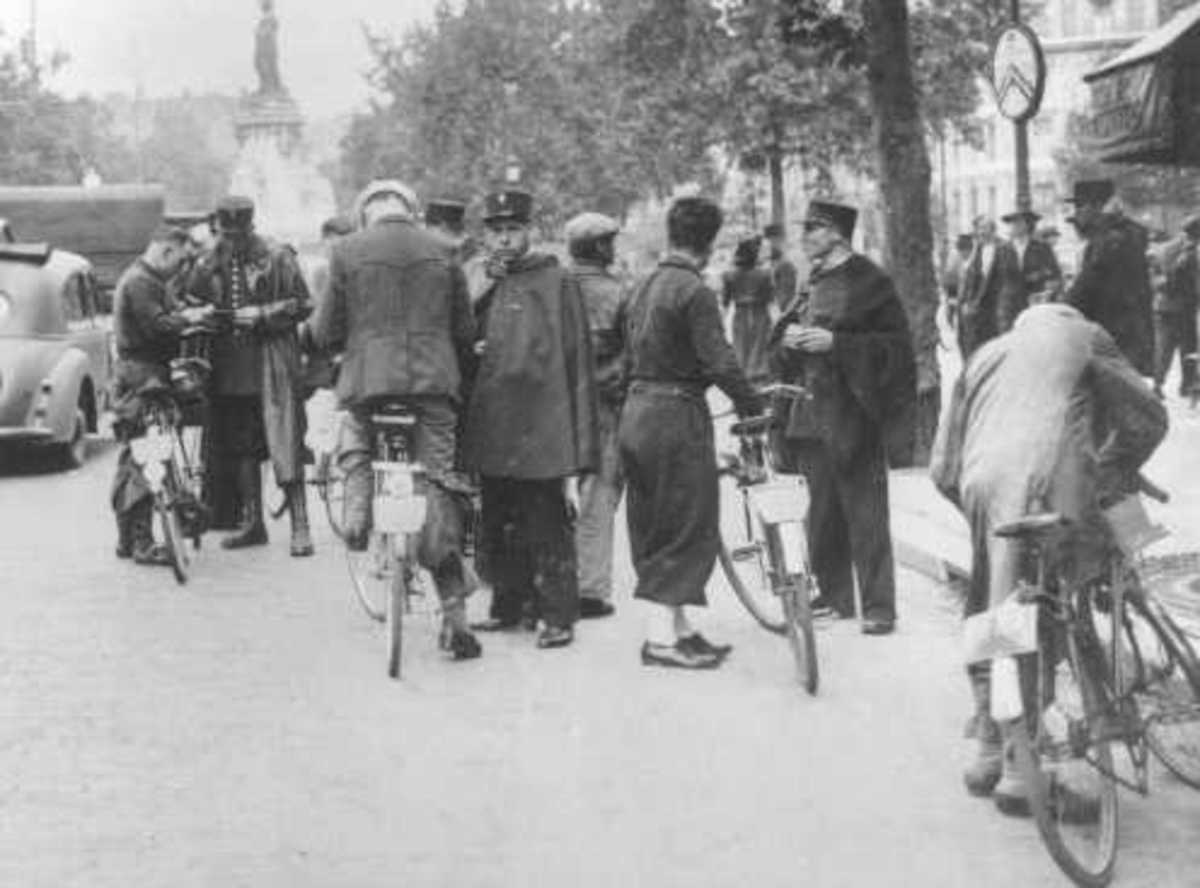French police round up Jews. Paris, France, August 20, 1941