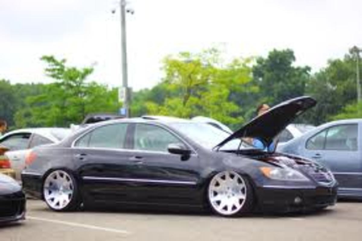 Stanced Acura RL